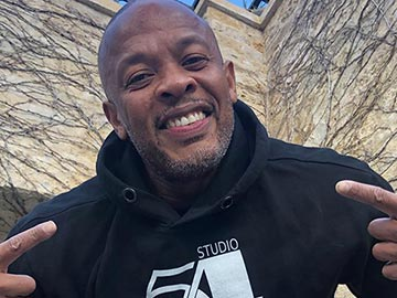 how much Dr Dre worth